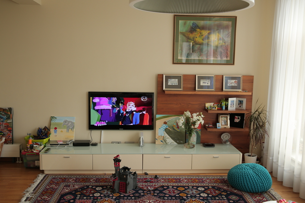 psiram die dollar street bilder von wohnungen aus aller welt. Black Bedroom Furniture Sets. Home Design Ideas